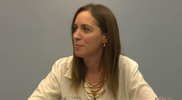Vidal acordó con los estatales un aumento de 18%