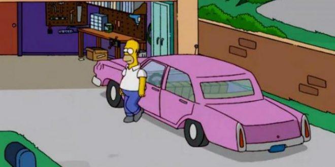 Cual es el modelo del auto rosa de Homero Simpson