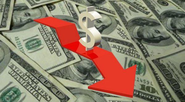 El dólar pierde todo lo que había subido en enero en un solo día