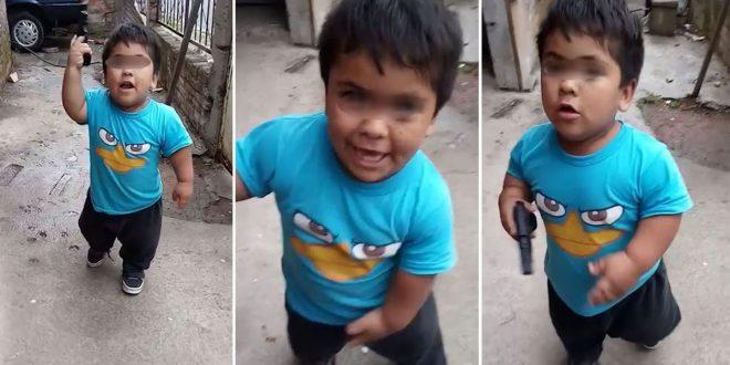 Video: Así le enseñan a robar a un nene de 4 años