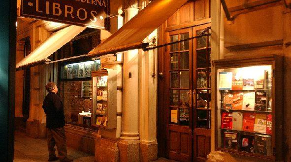 Asistencia al viajero en un tour literario por Buenos Aires
