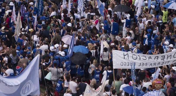 El 70% de los docentes bonaerenses no quiere de continuar con los paros