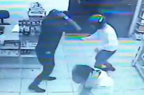 Video : Intentó robar una farmacia pero todos los clientes eran policías y lo mataron