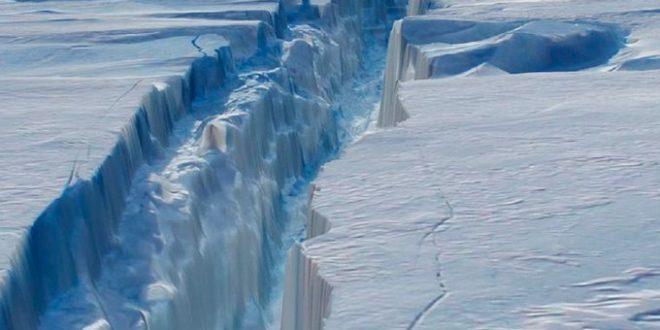 Un iceberg del tamaño de la República Dominicana está a punto de desprenderse de la Antártida