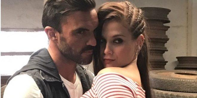 Video: El beso de Barbie Vélez y Fabián Cubero.