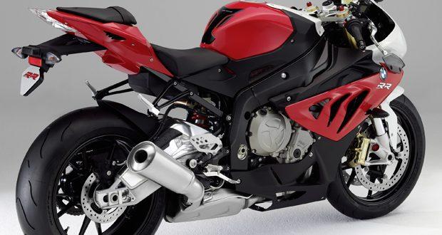 Humor : Ejemplo de cómo NO utilizar una motocicleta de alta cilindrada