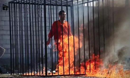 ISIS quemó vivas a 12 personas encerradas en jaulas