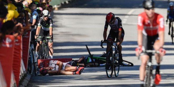 El accidente que termina el Tour de France de Mark Cavendish