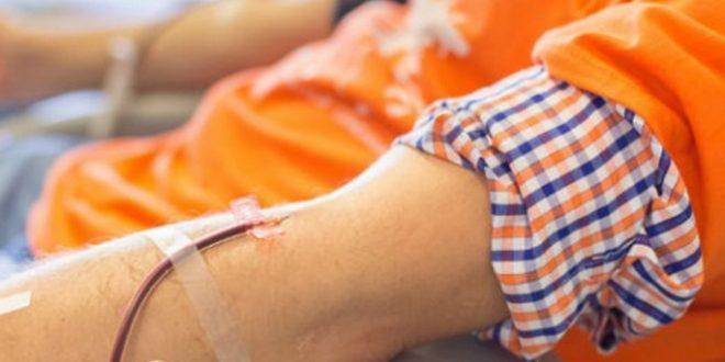 No lo dejaron donar sangre por ser gay