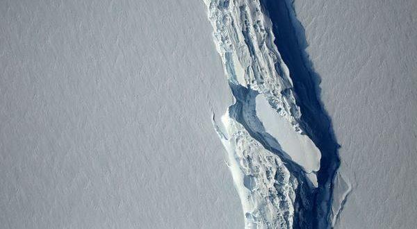 Se desprendió uno de los mayores iceberg del mundo, de unos 6.400 kilómetros cuadrados