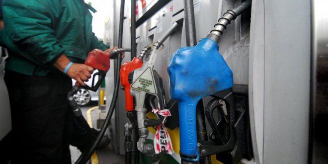 El domingo aumenta la nafta un 7% y el gasoil un 5,9%