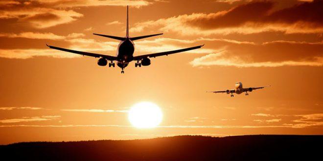 ¿Dónde aterriza un vuelo si tiene un problema sobre el Océano Atlántico?