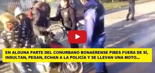 Video indignante : La policia no puede controlar a un pequeño grupo, les pegan los insultan y no hacen nada
