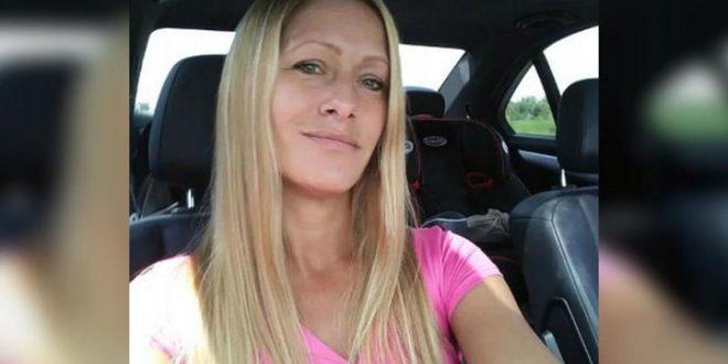 Se desmayó dentro de su auto por una sobredosis de heroína y su beba murió atada a su sillita