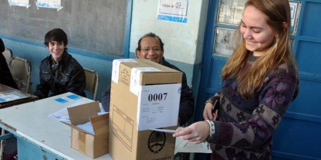 ¿Qué pasa si no vas a votar en las PASO este domingo?