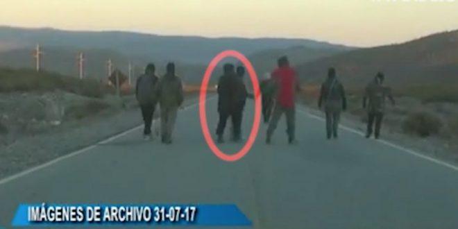 La familia de Santiago Maldonado presentó un video en el que se lo vería en la ruta 140