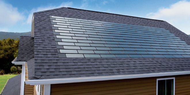 Las tejas solares de tesla bajan de precio y ya son mas for Modelos de techumbres