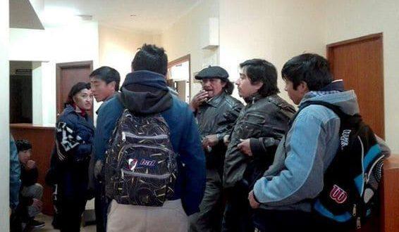 Caso Maldonado: juez recibió a mapuches y se levantó toma de juzgado