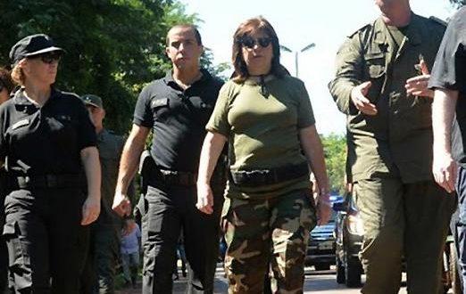 """El massismo contra Bullrich: """"Es una impresentable que se disfraza con uniformes"""""""
