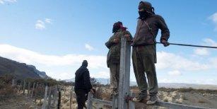Una vocera de los mapuches reconoció que hicieron rastrillajes pero negó buscar a Maldonado