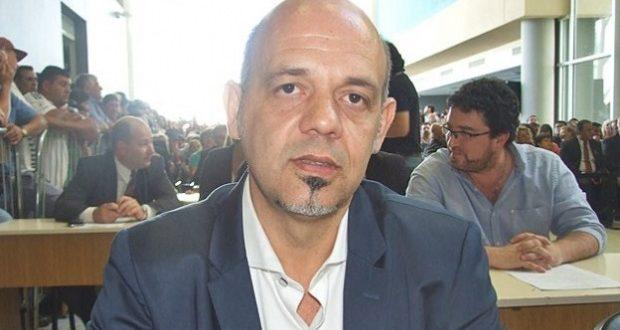 """El concejal Carlos """"Charly"""" Curestis, representante de Cambiemos, fue agredido a golpes de puños por miembros de su propio partido"""