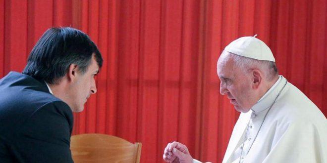 Esteban Bullrich junto al Papa Francisco: Vine a fortalecer el vínculo
