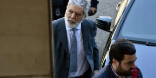 La primera foto de Julio De Vido preso