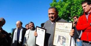 Luis D'Elía declara por presunto encubrimiento del atentado a la AMIA