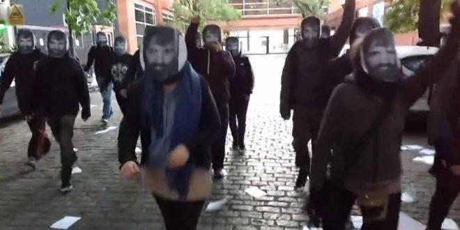 Video: Así esperaban los activistas a Patricia Bullrich en el lugar donde tenía que votar