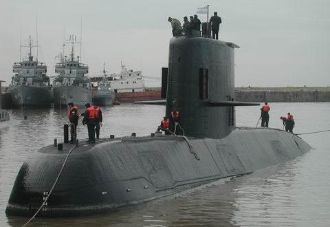 Buscan a un submarino argentino.No hay señales de la nave desde el miércoles por la mañana
