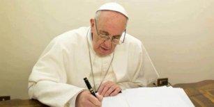 El papa Francisco considera que el Padre Nuestro está mal traducido