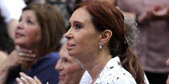 Cristina Kirchner pidió ir a juicio oral y público en la causa de obra pública
