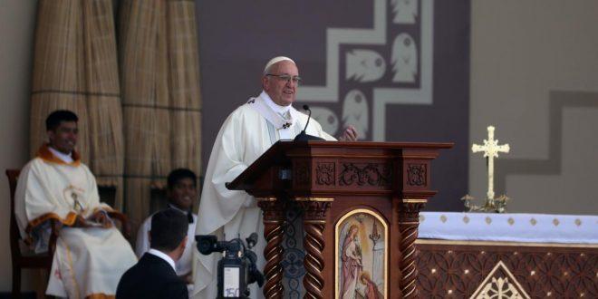 El Papa condenó la inseguridad en Trujillo, ciudad agobiada por el crimen