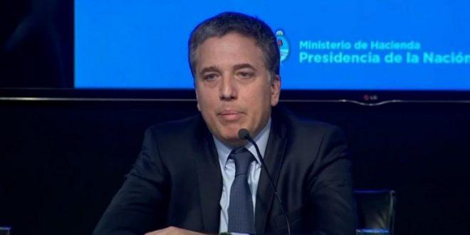 """Dujovne contra Moyano: """"Hace falta un diálogo civilizado y no extorsivo"""""""