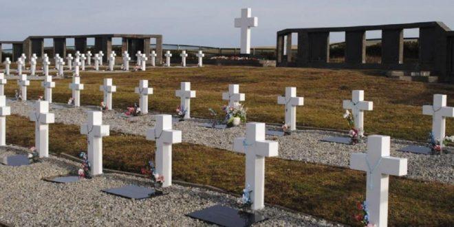 Familiares de soldados identificados en Malvinas viajarán a las islas