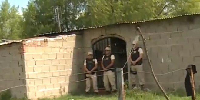 Matan de diez puñaladas a docente en la puerta de un colegio