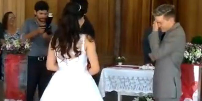Video: Novios pasaron la vergüenza de su vida en el altar