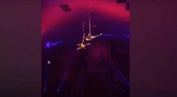 Video: Un acróbata de circo cayó al vacío