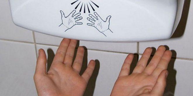 Por qué nadie debería usar los secadores de manos de los baños públicos