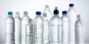 ¿se deben reutilizar las botellas de plástico?