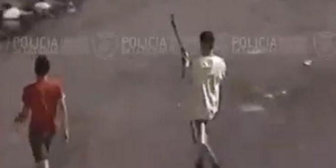 Detuvieron a 6 menores de edad que atacaban con escopeta en villa 1-11-14