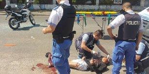 Evitó un control de Gendarmería y lo balearon por la espalda