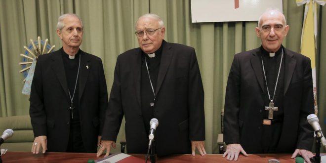 Mantener a los obispos de la Iglesia le cuesta $130 millones al Estado
