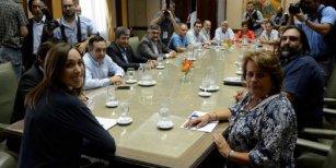 Nueva reunión entre el Gobierno provincial y los gremios docentes