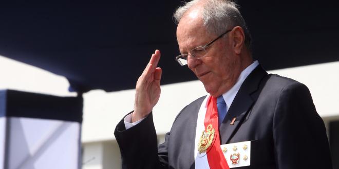Renunció el presidente de Perú