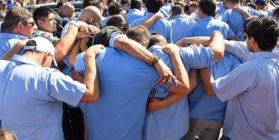 La despedida masiva a los restos del colectivero asesinado en Virrey del Pino