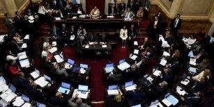 Luego de la polémica en Diputados, también en el Senado harían un recorte en el canje de pasajes