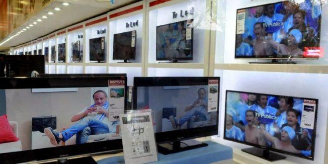 Los precios de las TV y celulares bajaron hasta 25%
