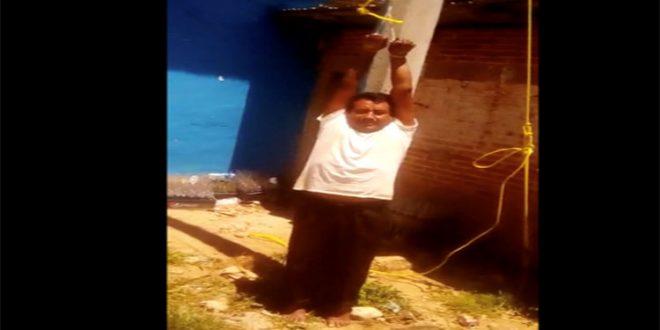 Video: Indígenas secuestraron a un funcionario municipal y amenazan con quemarlo vivo por no cumplir lo prometido