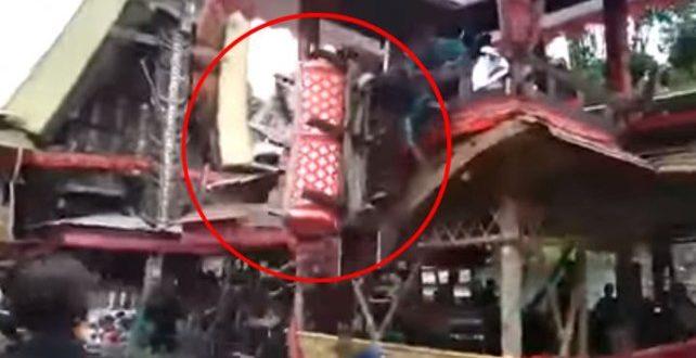 Video: Murió en el funeral de su madre tras ser aplastado por el ataúd